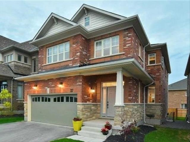 27 Treetops Blvd New Tecumseth